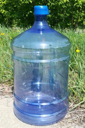 ПЭТ-бутыль 18.9 л (масса 700 гр) с крышкой